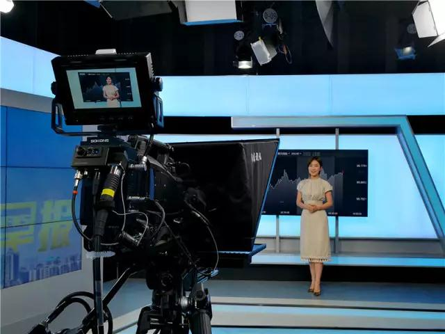 金十数据-三讯道演播室系统
